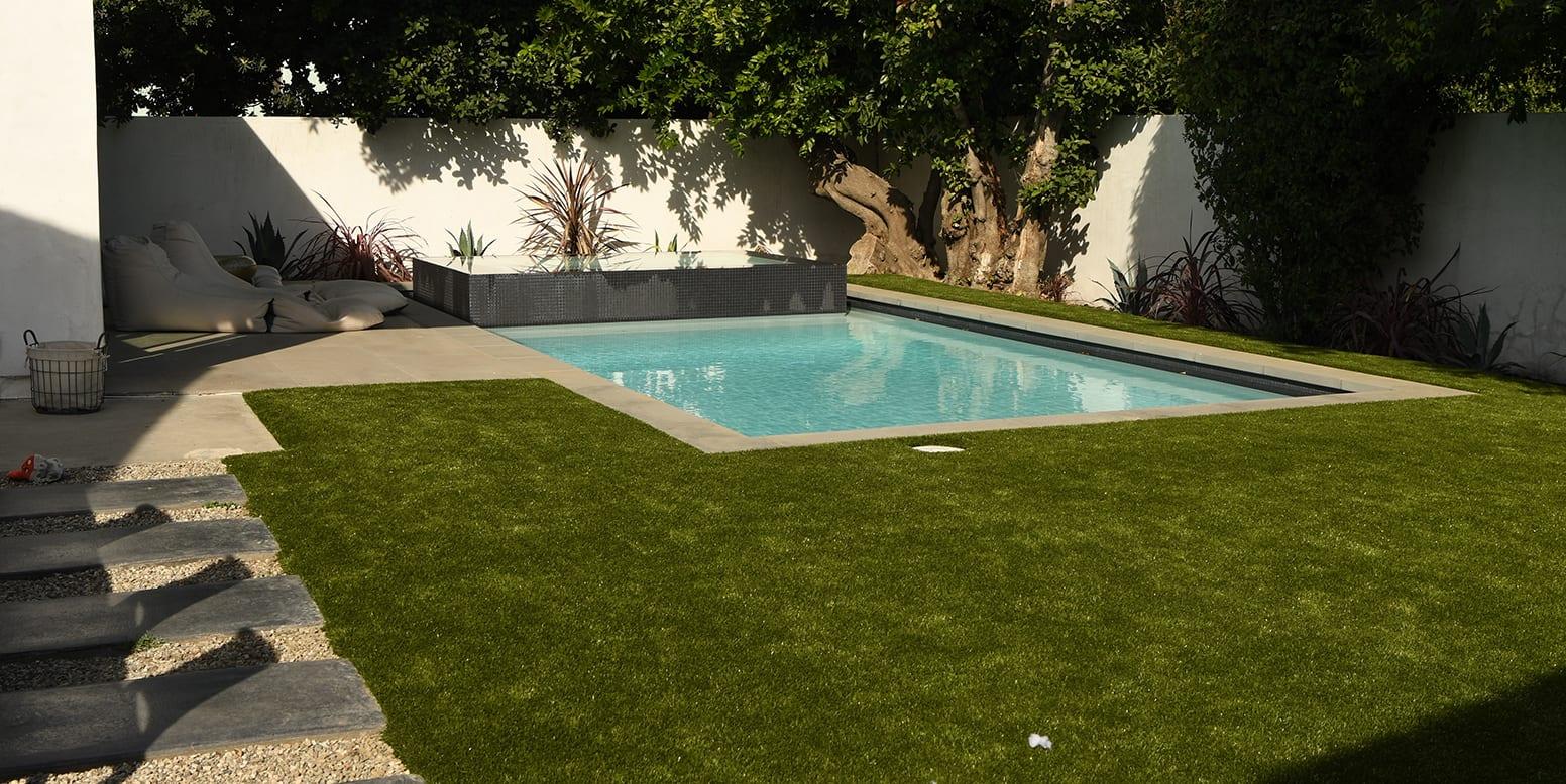 K9Grass synthetic turf residential backyard in Sherman Oaks, CA